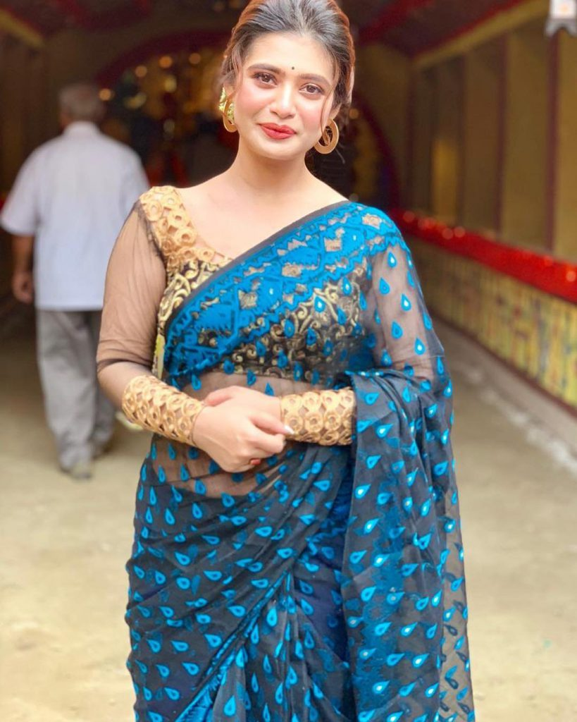 Pin by Barkat Khan on DESI.beauti., in 2020 | Indian girl