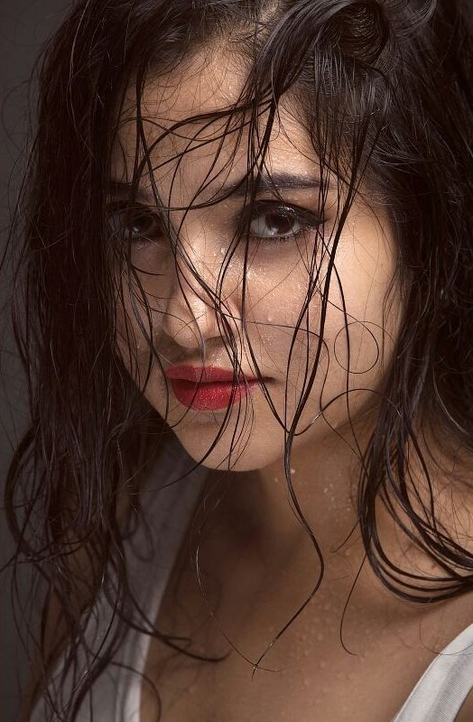 Desi Hot Girl in wet hair | Desi Girl