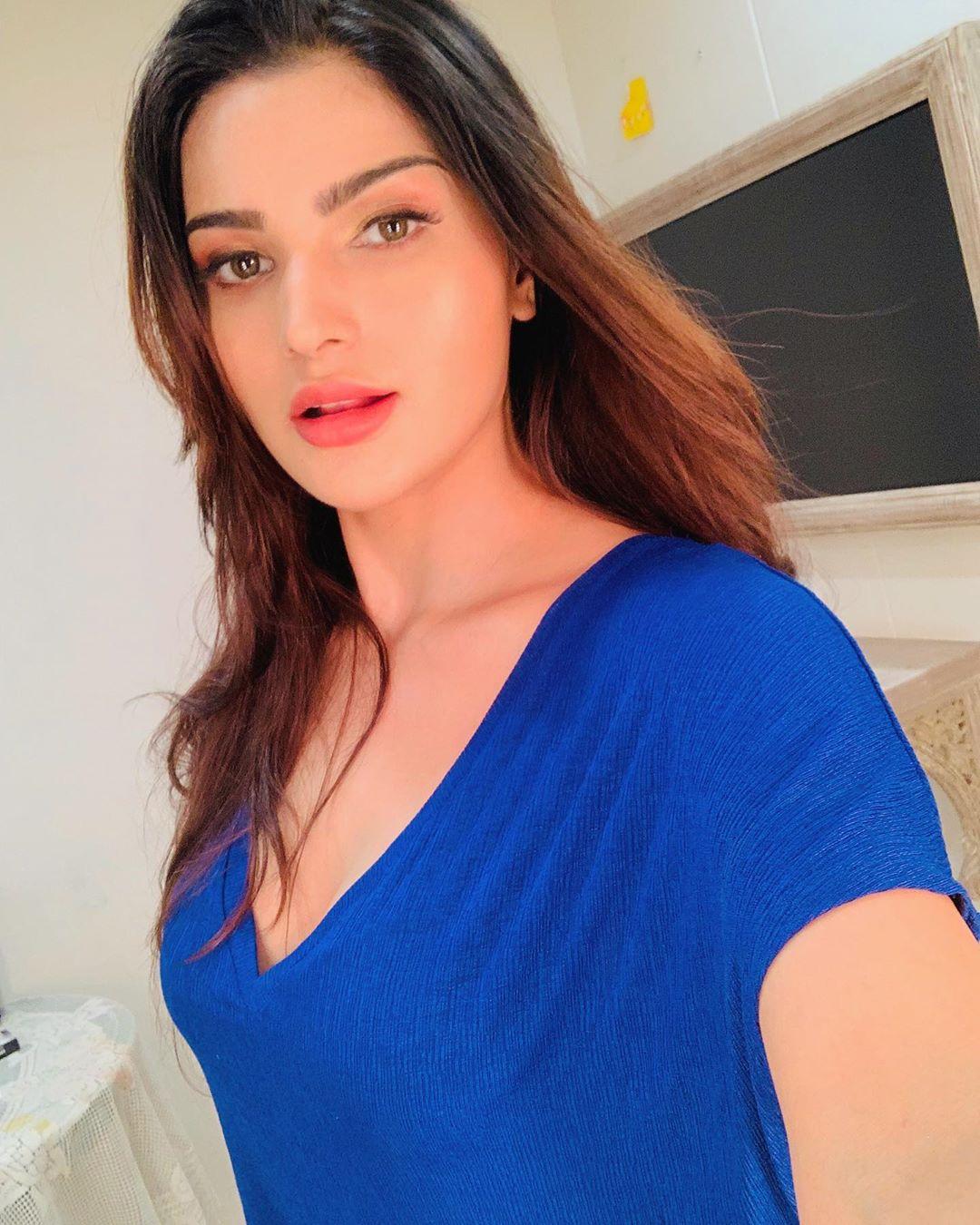 Pretty Desi Girl in Blue Dress Looks Nice