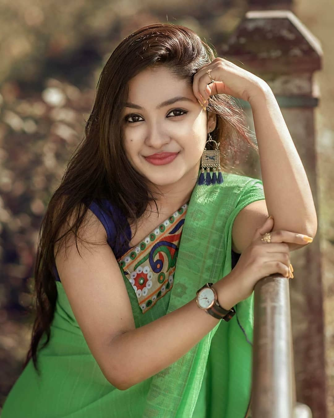 Bengali Cute Girl in Green Saree | Cute Bengali Girl