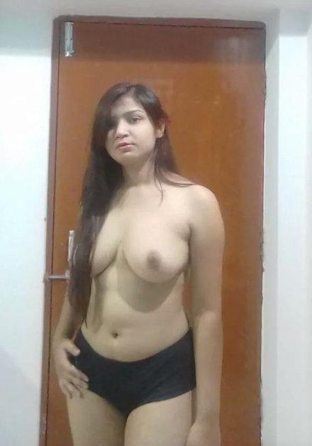 Nude Bengali Girl | Big Tits Young Bengali Girl
